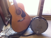 acoustic guitar & banjo